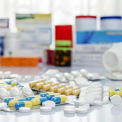 Những tác dụng phụ có thể gặp phải khi sử dụng thuốc ngủ dạng vỉ
