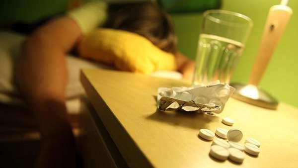 tác hại của việc uống quá nhiều thuốc ngủ